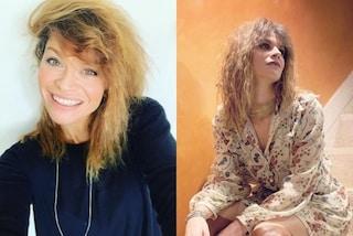 Alessandra Amoroso cambia look: addio piastra, ora porta i capelli mossi e al naturale
