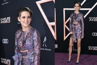 Kristen Stewart ricoperta di cristalli: minigonna e tacchi a spillo per la prima di Charlie's Angels