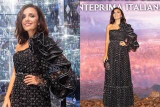 Serena Rossi incanta in nero alla prima di Frozen 2: il romantico look a balze e pois è un sogno
