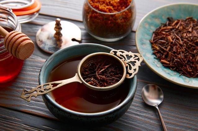 Tè kukicha: proprietà benefiche del tè verde giapponese e come prepararlo