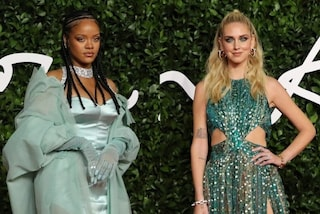 British Fashion Awards 2019, i look delle star: Rihanna come un confetto, la Ferragni in paillettes