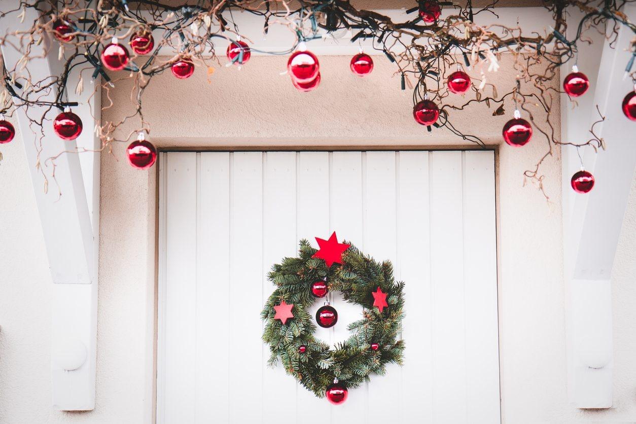 Idee Di Riciclo Per Natale come decorare la casa per natale: idee per addobbarla in