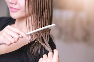 Come districare i capelli: consigli semplici ed efficaci per sciogliere i nodi