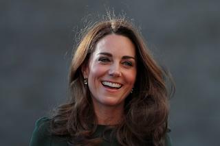 """Il lavoro """"segreto"""" di Kate Middleton: la principessa è diventata infermiera per un giorno"""