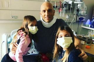 """Leah Rose e Ava Marie, le gemelle più belle del web, col papà malato: """"Abbiamo ancora bisogno di lui"""""""