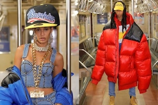 Moschino, la passerella diventa una stazione della metro: così Jeremy Scott rende omaggio a New York