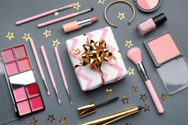 Regali Di Natale Belli.Regali Di Natale Beauty Economici Le Migliori Idee Sotto I 15 Euro