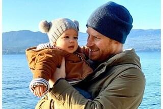 Effetto Archie: tutti vogliono il cappello con i pon-pon del figlio di Meghan ed Harry