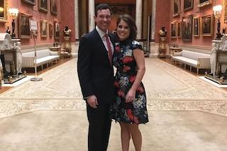 Eugenie di York celebra l'anniversario del fidanzamento, torna sui social dopo lo scandalo del padre