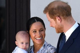 """Archie ama il Canada: Meghan ed Harry raccontano del loro viaggio dopo il """"divorzio"""" dai Royals"""