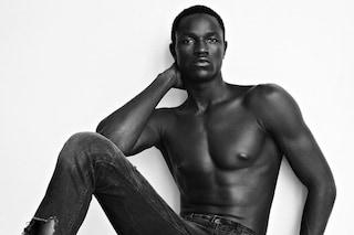"""Ismail Drammeh, la favola del profugo diventato modello: """"La bellezza vince su tutto"""""""
