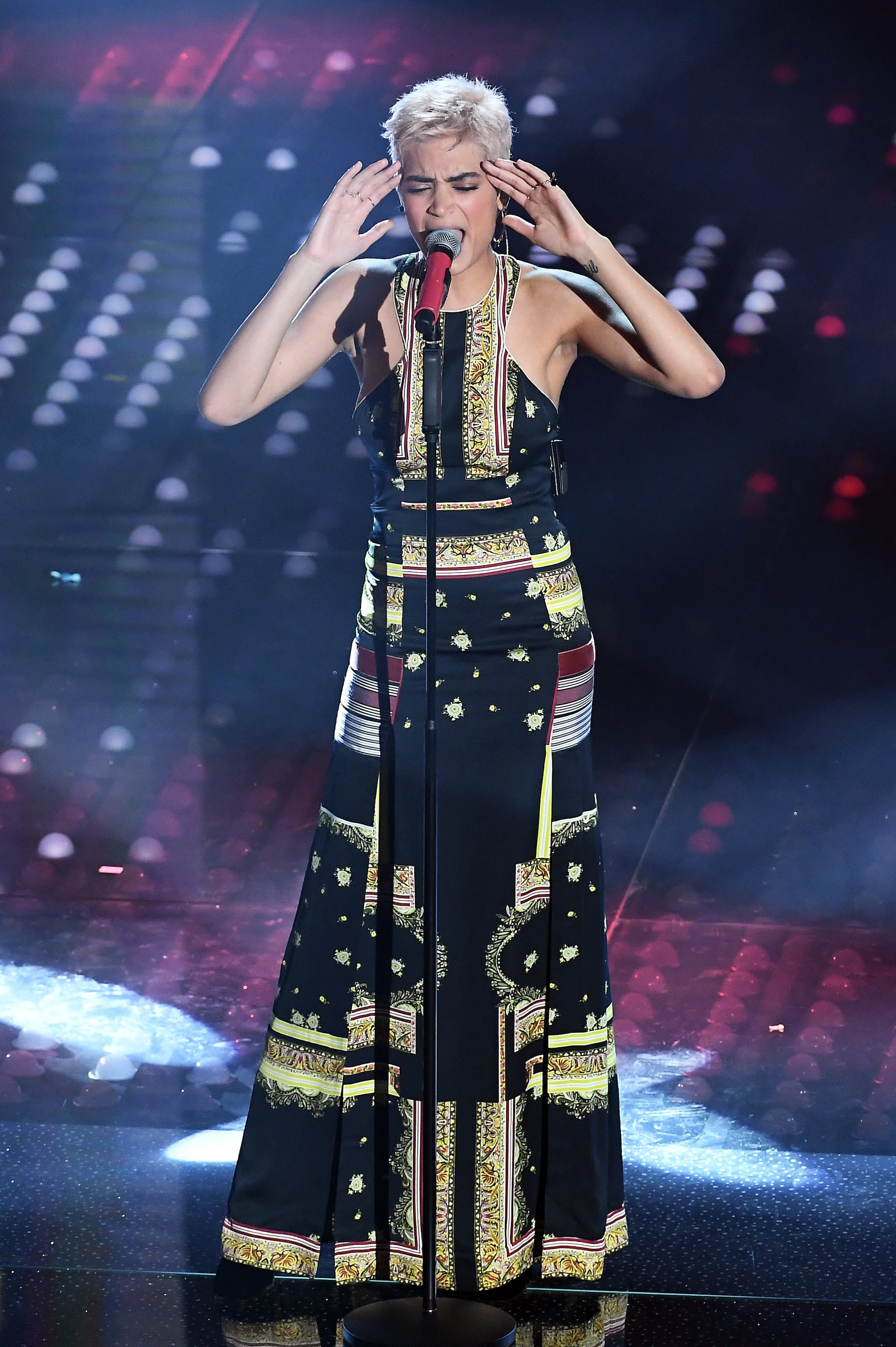 Elodie in Etro a Sanremo 2017