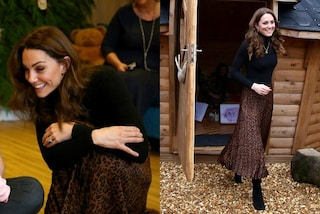Kate Middleton non resiste all'animalier: la gonna leopardata è low-cost (e costa meno di 10 euro)