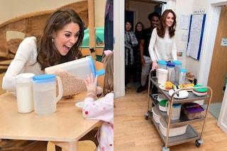 Kate Middleton serve la colazione in pantaloni skinny e rivela un segreto sui figli