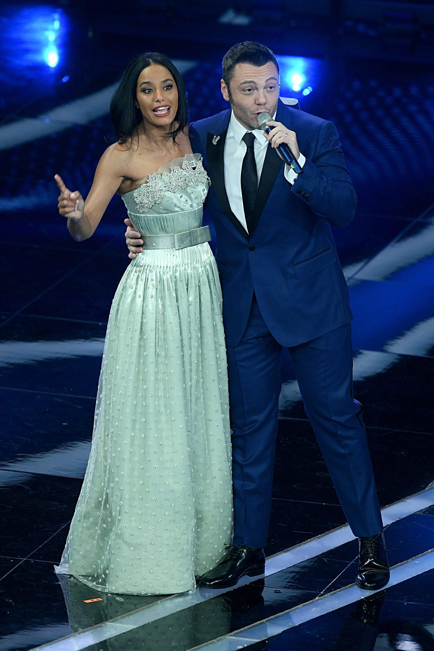 Il terzo abito di Rula Jebreal per la prima serata di Sanremo