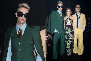 Achille Lauro alla sfilata di Gucci in verde e con i maxi occhiali: è lui la star della Fashion Week