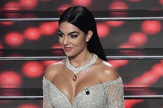 I gioielli di Georgina Rodriguez a Sanremo: i collier milionari sul palco dell'Ariston