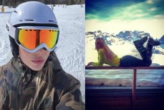 Ilary Blasi, la vacanza sulla neve è all'insegna di colori fluo e camouflage