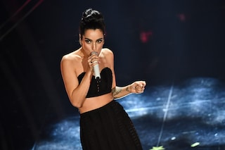 Levante, semplice eppure così originale: sale sul podio delle donne più eleganti di Sanremo