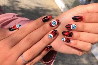 Le manicure più brutte di sempre, dalle unghie horror a quelle coperte di peli