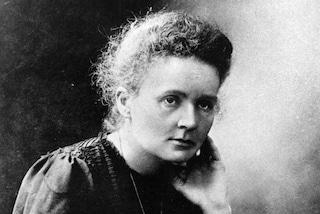 Marie Curie, la prima donna che vinse il Nobel per la scienza: sconfisse i pregiudizi col suo genio