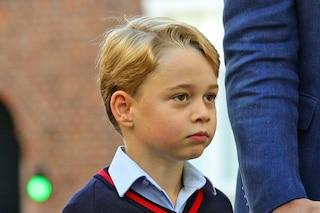 Il principe George si prepara a essere re: al posto delle fiabe legge i libri di storia