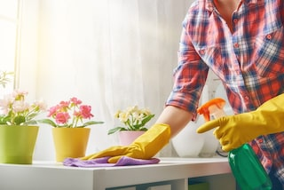 Come disinfettare la casa in modo naturale: le 5 soluzioni più efficaci