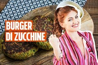 Burger di zucchine con salsa allo yogurt: la ricetta vegetariana di Chiara Maci per una cena leggera