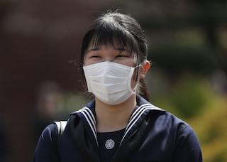 La principessa del Giappone riceve il diploma da sola: niente festeggiamenti per il Coronavirus