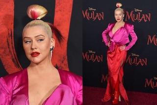Christina Aguilera come una geisha sul red carpet: abbina il rossetto allo chignon colorato