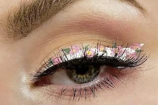 Flower eyeliner: come portare la primavera in casa e sui propri occhi