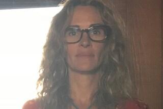Julia Roberts senza trucco, in quarantena si mostra al naturale e con gli occhiali da vista