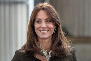 Kate Middleton cambia look: il nuovo taglio con la frangia a tendina per il viaggio in Irlanda