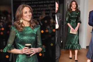 Kate Middleton, tour in Irlanda di lusso: anche il nuovo look verde metallico vale quasi 2mila euro