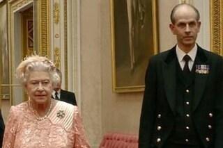Paul Whybrew, chi è l'uomo che sta passando la quarantena al fianco della regina Elisabetta II