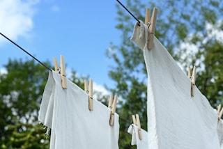 Come disinfettare il bucato in lavatrice: rimedi naturali e consigli