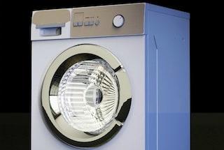 Come pulire la lavatrice velocemente con o senza candeggina