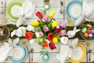 Come decorare la tavola di Pasqua: le migliori idee per centrotavola e segnaposti