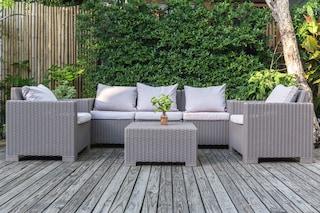 I migliori divani da esterno per il giardino