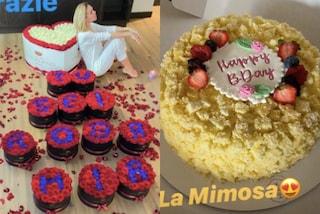Ilary Blasi compie 39 anni, il compleanno in quarantena tra composizioni di rose e torta mimosa