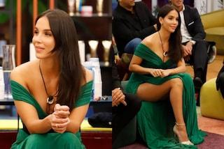 Paola Di Benedetto vince il GF Vip in verde: in finale incanta con maxi spacco e scollatura