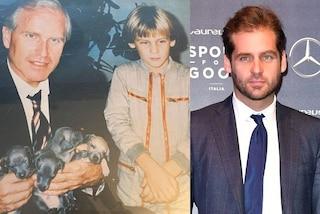 Tomaso Trussardi da piccolo, la dolce foto con papà Nicola e i cuccioli di levriero