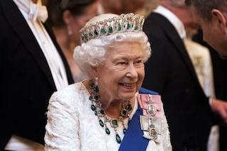 La regina Elisabetta II si prepara a uscire: potrebbe abbandonare Windsor prima del previsto