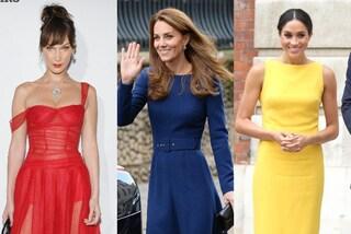 I colori da indossare per migliorare l'umore: il blu trasmette calma, il giallo allegria