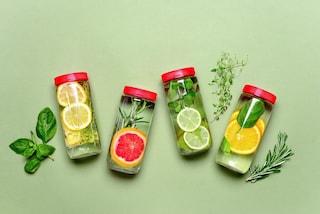 Acqua detox: 5 ricette facili per drenare e depurarsi