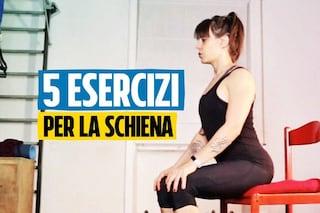 Migliora la postura con 5 esercizi per schiena, collo e spalle da fare mentre sei alla scrivania