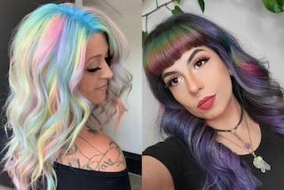 Capelli olografici: per essere trendy nella primavera 2020 bisogna ispirarsi all'arcobaleno
