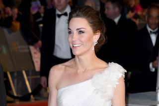 Kate Middleton, tutte vogliono essere come lei: è la donna più cool del momento