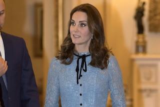 Kate Middleton, i trucchi per nascondere l'intimo: dalle bretelle del reggiseno agli slip modellanti