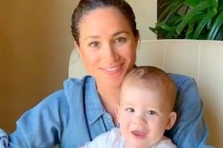 Meghan Markle, la sua seconda Festa della mamma è in quarantena: Harry le porta la colazione a letto